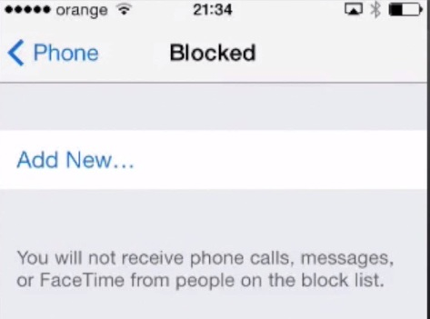 accessing Call Blocking menu on iPhone running iOS 7