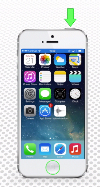 the method of taking a screenshot on iPhone running on iOS 7